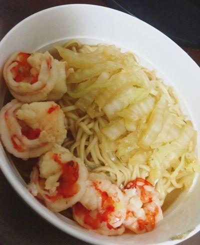鲜虾白菜面