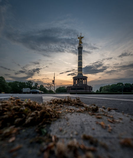 Sonnenaufgang über der Siegessäule Berlin Morning Morning Light Morning Sky Siegessäule  Architecture Building Exterior Built Structure City Cloud - Sky History Nature No People Outdoors Sky Sunrise Sunset Surface Level Tall - High The Past Tourism Tower Travel Travel Destinations Water