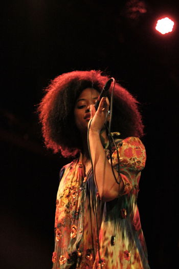 Singer  Singasong Curly Hair Popular Photos