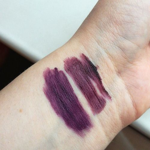 Human Body Part Physical Injury Blood Close-up One Person Human Hand Human Skin Real People Pain Skin People Adults Only Adult Bruise Day Lipstick Nyxcosmetics Nyxmakeup Nyx NYXSoftMatteLipCream Colours Fashion Fall Dark Autumn EyeEmNewHere