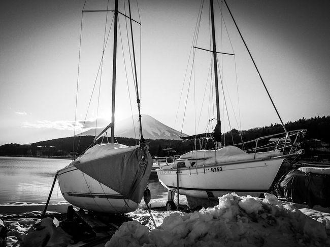 2016.01.25 富士山 山中湖 白黒写真