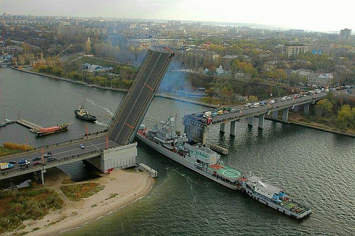 The bridge and ship