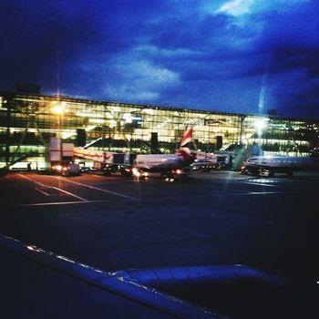 Heathrow Airport British Airways Flying London Nightphotography EyeEm LOST IN London Connected By Travel