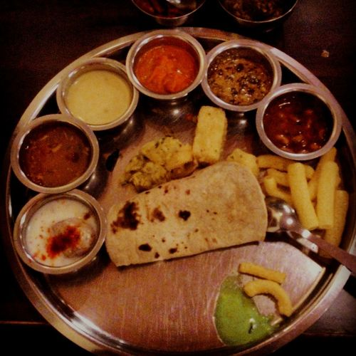 Best Indian Thali Food Thali Dinner Time Foodphotography DeliciousFood  PuneFoodies