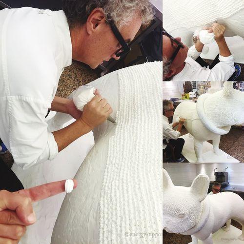 ChristianEscriba #Bulli #PastryChef Preparando su traje de #merengue para el #otoño #invierno 😄😄😋 @escriba1906 @fantasiabyescriba @poletescriba @patschmidtcakes @olgadepalma @xdimarco #escriba1906 #escribabarcelona #escriba #delicatessen #fantasia #dulce #tradicion #tradicio #obrador #pastelero #pastry #pasteleria #pastisseria #dulce #dolç #sweet #escribaacademy #patschmidtcakes #cursos #talleres 👉🏻👉🏻👉🏻🎂💡Escribà Gran Via de les Corts Catalanes, 546 (C. Villaroel) 😉 Photo Credit: @energysupport #sandraenergysupport #Barcelona #Catalonia #Spain EscribaBarcelona Pastrychef Bulli Buldog Sweet Merengue Pastry Creative Fantasy Sandraenergysupport