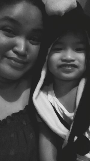 GoodMorning! 😘 Sweetmorning Coldweather My Daughter ♥ Happykiddo