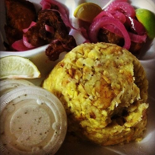 My dinner tonight ?Mofongo Carnefrita Hispanic Food heaven foodporn sexy iphone4 iphonesia igers hispanic