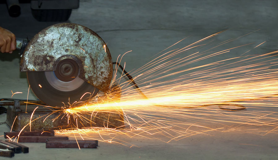 Welding spark industry Alloy Blurred Motion Circular Saw Cutting Equipment Factory Grinder Grinding Indoors  Industrial Equipment Industry Iron - Metal Long Exposure Machinery Manufacturing Equipment Metal Metal Industry Motion Occupation Sparks Steel Technology Work Tool Working