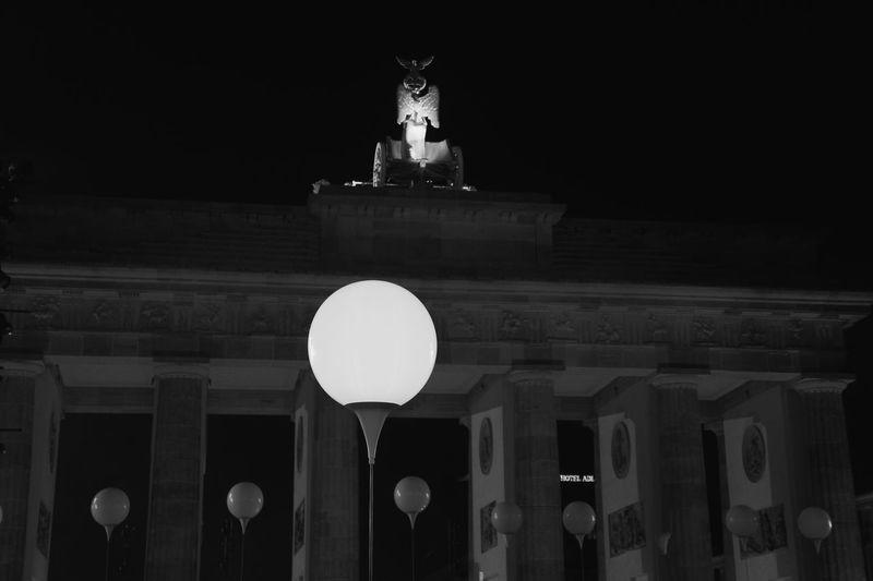 Colors of night (November 2014, Berlin) (black&white edit) Fallofthewall25 Lichtgrenze Urban Playground My Best Photo 2014 Seeing The Sights