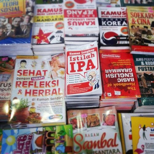Api dari Ipa : Story of a lot of books Story Book Buku IPA knowledge pengetahuan ilmu science