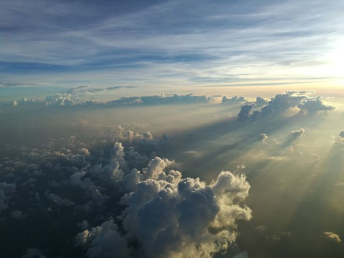 We love sky 1 My World ♥ Myofficewindow Birds Eye View Love To Take Photos ❤ Cloud - Sky HHello WorldeEnjoying LifePPeople WatchingmMy WaysSkyOOn The WaywWe Fly SmilesnNokairmMook