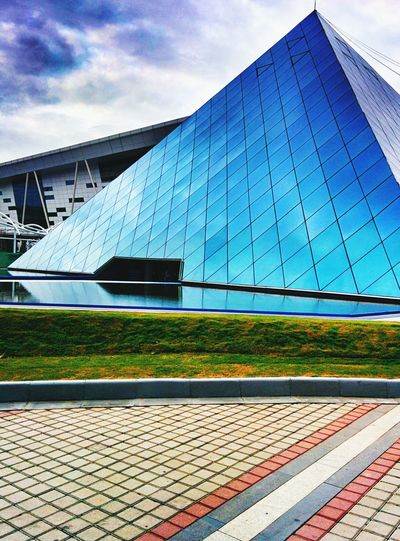 Pyramid Building InfosysBangalore Nexus5 The Architect - 2016 EyeEm Awards Building Glass Windows Blue Building Nexus 5 Nexus