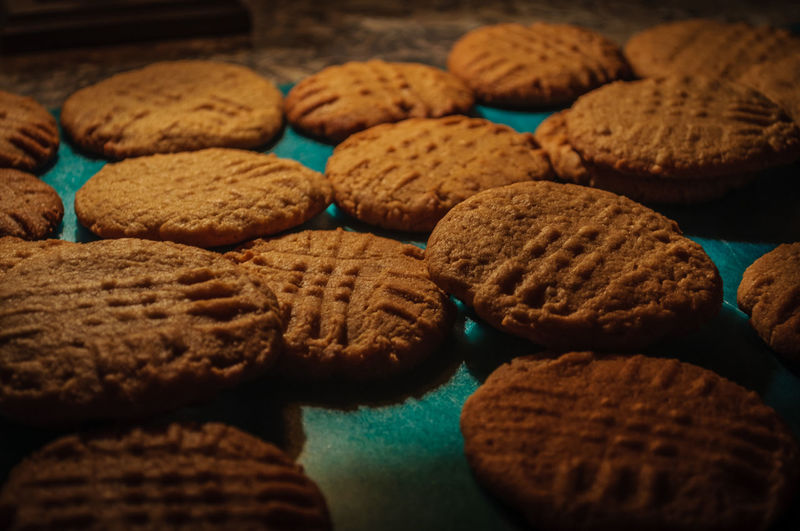 High angle view of baked cookies on table