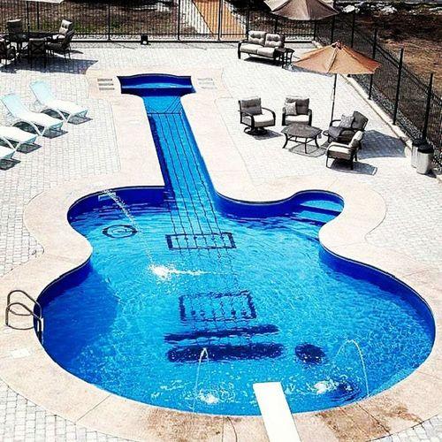 Pool inspire frim les paul guitar
