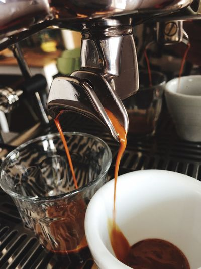 2SHOTS Glass Coffee Shop Preparation  Machinery Freshness Food Appliance No People Cafe Espresso Maker Mug Coffee - Drink Coffee Cup Cup Coffee Drink Espresso Food And Drink Indoors  Pouring Refreshment Close-up Coffee Maker EyeEm Selects Barista Preparation  Indoors