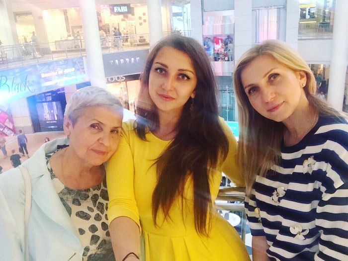 Granny, me and mom😻 Myfamily Family Family❤ Mother Grandma That's Me Hello World Cheese! Hi! Russian Girl Me :)  Woman Girl Selfie Self Portrait Beauty Sweet♡ Cute♡