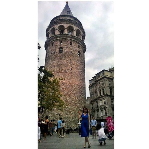 Dünyabarışgünükutluolsun :) 1eylul Istanbul Galatakulesi Makelovenotwar Mavielbiselikız Today Galatatower WorldPeaceDay Picoftheday Instacool Girl with Bluedress