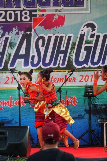 Tari Lombok