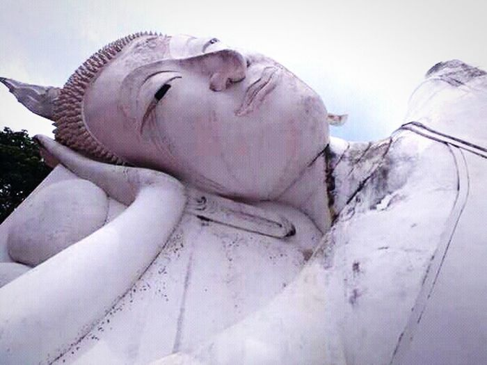 วัดพระสิงห์ Temple Thailand Thailandtravel อ่างทอง Sculpture Spirituality