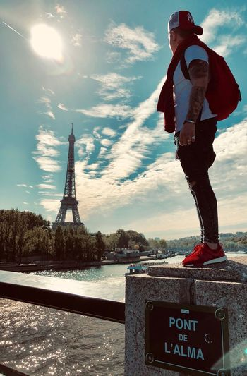 who surrenders when he does not fulfill his dreams is not worthy to judge the progress of others 👌🏼 @world_dreamer @paris