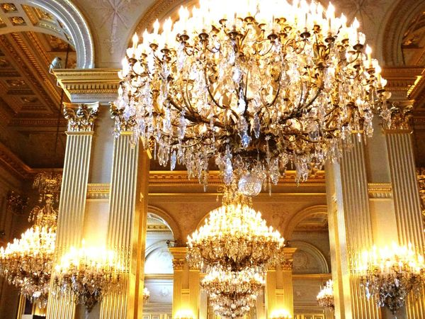 Brussels Kingpalace Royallife_ Chandeliers