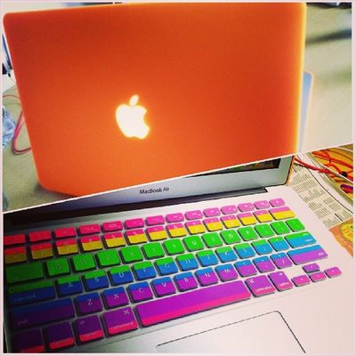 Yeayyy finally macbook got new cloth..haha..menyala2, dari jauh nmpk dahh..thanks to @truejannah store for this awesome casing n keyboard cover... now, study mood on..hahaha.. MacBook Air Orange Rainbow keyboard