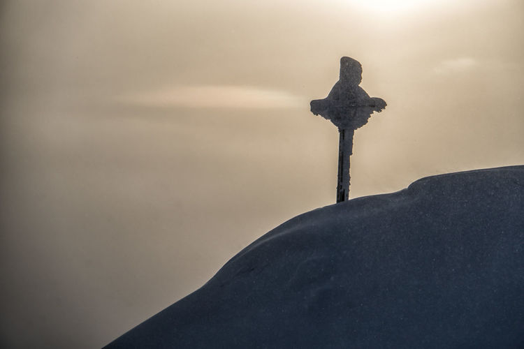 Snowcapped Mountain cross in the sunset Cross Religion Spirituality No People Male Likeness Art And Craft Belief Sculpture Nature Sky Statue Human Representation Representation Day Crucifix Snow Cold Temperature Cross Mountain Cross Sunset Alps Tyrol Austria Winter The Great Outdoors - 2019 EyeEm Awards