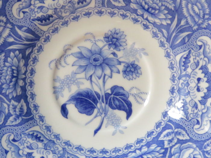 Blue floral Antique Plate Blue Close-up Dainty Floral Pattern Flower Hampton Home Decor!! Indoors  New Hampshire No People Plate Decoration Vintage Plates