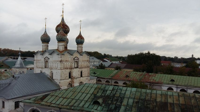 TakeoverContrast Architecture Religion Cathedral Church Dome No People Unkept Crumble Ruin Break Old Buildings Cathedral Old Rostov Velikiy