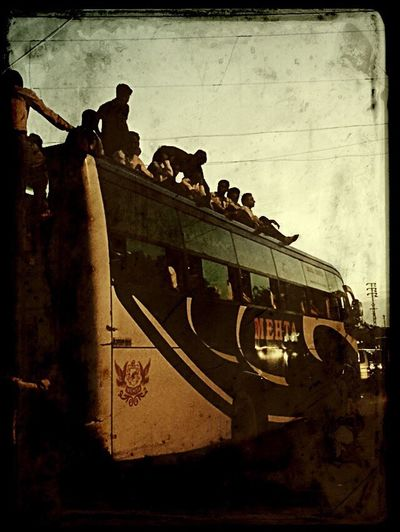 Best seat in the house... Rooftops IPhoneography Attentiontodetail Eyeforphotography Highways&Freeways Jaipur