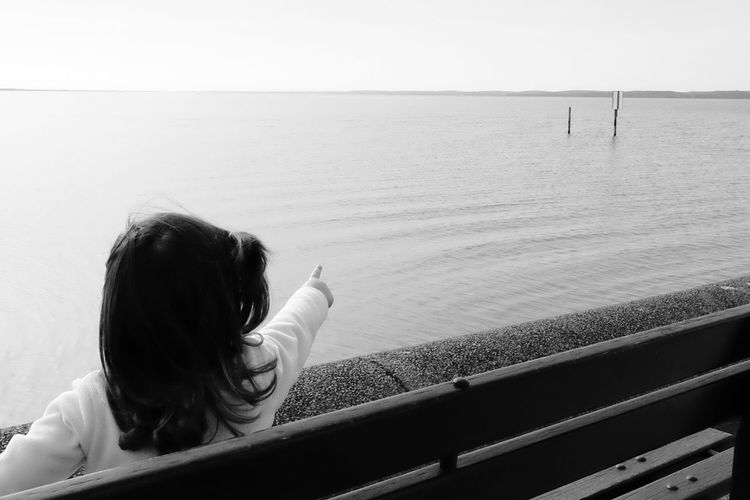 Look out dad Real People Sea One Person Lifestyles Rear View Leisure Activity Person Holding Nature Clear Sky Day Water Outdoors Horizon Over Water Minimalism Simplicity Tranquility Photooftheday EyeEm Best Shots Eye4photography  Picoftheday Scenics Tranquil Scene Silhouette Daughter