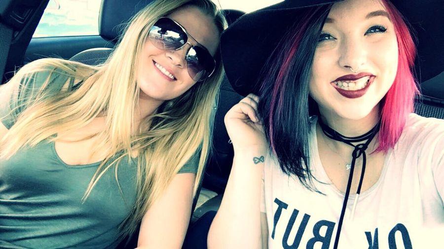 Girlsday Girlswithpiercings Girlswithtattoos Bestfriend Hairstyle Falloutfit Eyemphotography Eyemselfie Friendship
