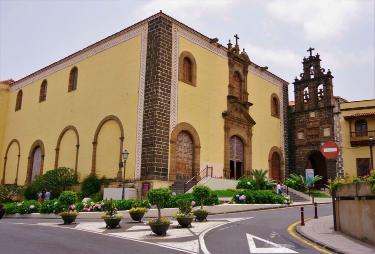 Architecture Building Exterior Built Structure Plant Potted Plant Arch Street Religion Church Architecture Place Of Worship Church Orotava Tenerife Tenerife Island SPAIN Spaın Travel Photography Tourist Attraction  Tourist Destination Church Of San Agustin Architecture