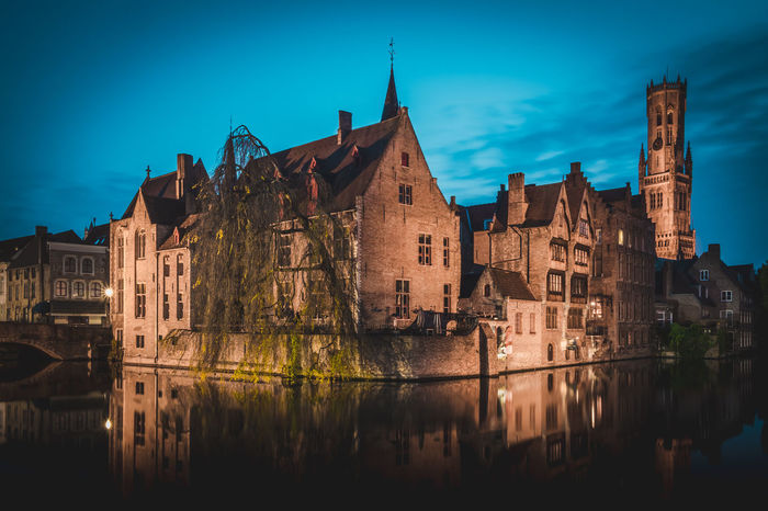 Long exposure shot from Rozenhoedkaai, Brugge - Belgium Architecture Bruges Brugge Brugge Belgium Brugges Build Structure Building Exterior History Illumunated Long Exposure Long Exposure Night Photography Long Exposure Photography Long Exposure Prints Long Exposure Shot Long Exposures Longexposure Night Night Photography Nightphotography No People Outdoors Rozenhoedkaai Sky Water Waterfront