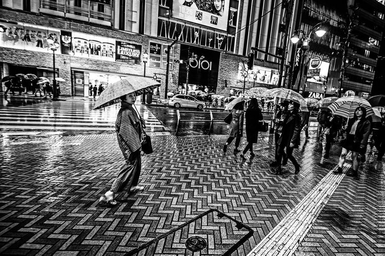 """""""Staring at Me"""" Building Exterior Built Structure City City Life Crowd Day Large Group Of People Pedestrian People Portrait Of A Woman Real People Street Streetphotography Tokyo Transportation Walking The Street Photographer - 2017 EyeEm Awards EyeEm EyeEm Gallery EyeEm Selects Fresh on Market 2017 The Street Photographer - 2018 EyeEm Awards The Art Of Street Photography My Best Photo"""