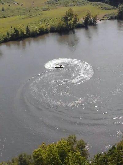 speedboat Sevierville, Tn Living Bold