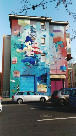 Arte Di Strada Arrestato Graffiti Arte Contemporanea Decorazione Murale Day Built Structure Outdoors Blue Architecture Building Exterior