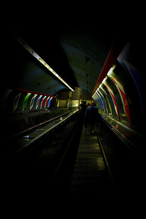 Art Elevator Kunst Light Rolltreppe Trainstation Trainstations Treppe