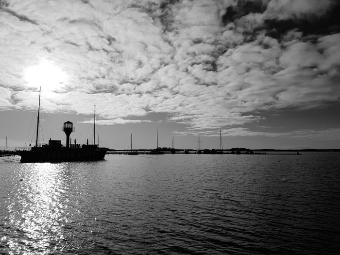 Reflection Sea Cloud - Sky Tranquility Outdoors No People Silhouette Horizon Over Water Eyeemphotography EyeEm Gallery EyeEm Best Shots Eye4photography  Black And White Photography Black And White Collection  Black And White Blackandwhite Tranquil Scene