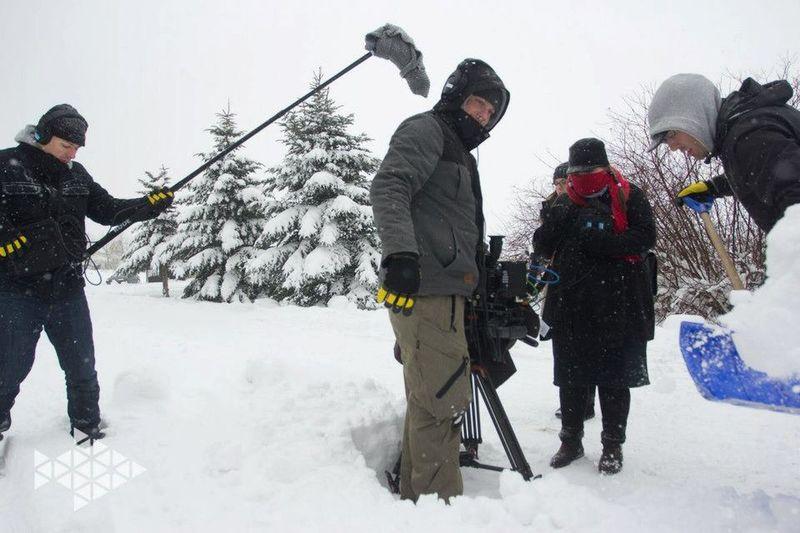 Life on set filmset behind the scenes buissnes woman Director filmmaker mompreneur Setlife Knitterfisch That's Me