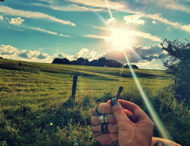 Best when shared Stonerlife Lifestyles Weedstagram420 Weedlove Stonercouple Outdoors❤ Clouds And Sky Sunny Day Lovelife Noworries✌ Iriedaily Soulmates ♡ OneLove Beatiful Day Ganja Love Ganja Farmer Sunbeam Having Fun Happiness