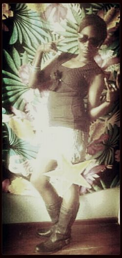 shagz!!!.Modeling Taking Photos Light And Shadow TEEN IDOL love u lil cuzin..:-)