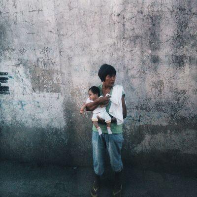 A mother who never leave their children Vscocam Vscogrid Vscocoolshot Vscospire Vscophile Vscocebu VSCOPH Vscophilippines Vscobeau Vscophfeeds Vscogoodshot Vscofyph Vscocamphfeature Top100shots GrammerPH