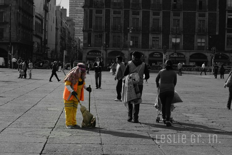 Streetphotography Streetphoto_bw People Photography Colorsplash People Leslie_Gr_In Cdmx Zocalo Df Df City Mexico City Mexicomaravilloso