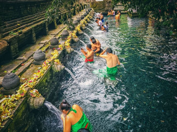 Tirta empul holy water - bali indonesia Nature Tirta Empul Temple Tirta Empul Tirtaempul  Holywater  Bali Bali, Indonesia INDONESIA Photography Indonesia Photography  Ubud Real People Water High Angle View Lifestyles Nature Leisure Activity Day People EyeEmNewHere