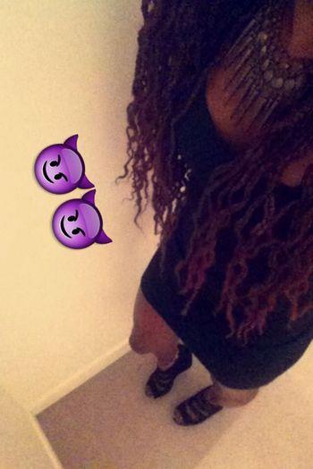Yesterdaynightparty Keursamba ParisByNight Blackgirldanger Hanging Out Enjoying Life Singleladycominthrough