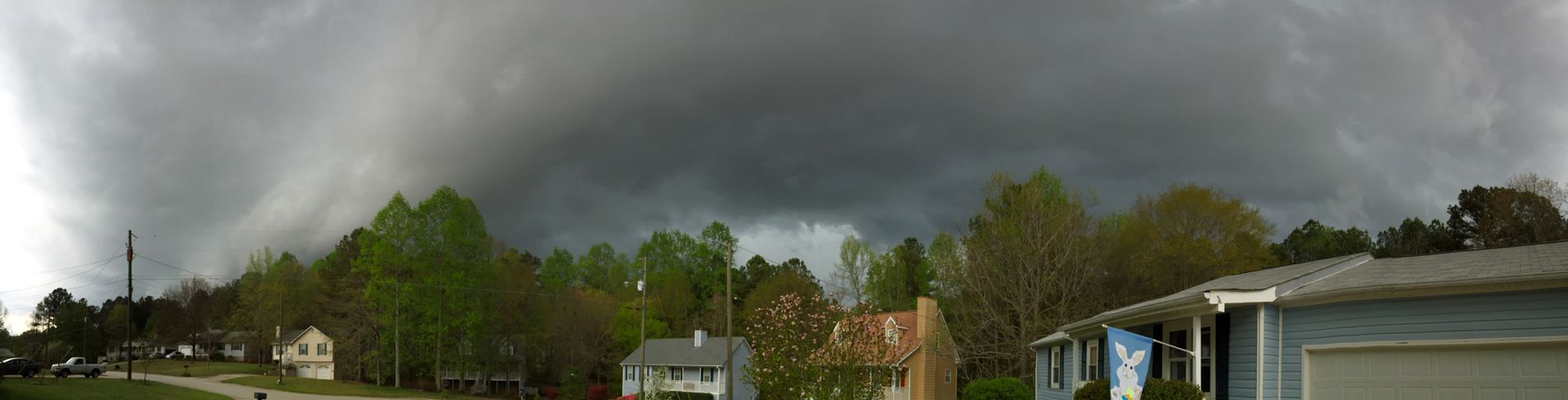 The leading edge of a line of thunderstorms that moved through the Atlanta area this evening. Clouds And Sky Panaroma Thunderstorm WeatherPro: Your Perfect Weather Shot