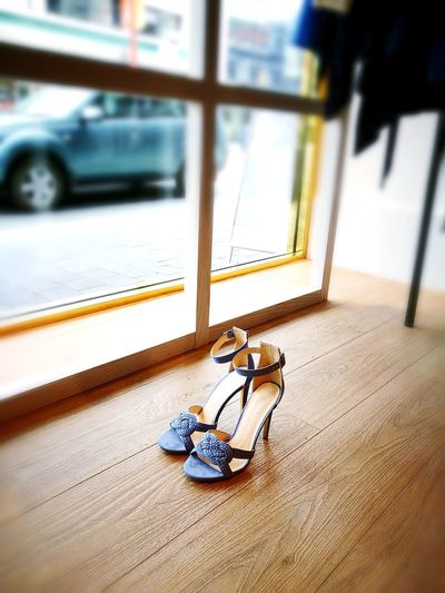 WEekend Heels... Freshness Indoors Heels Heelsobsession Heels Window Cinderella Shoes Simplicity Prettythings IAmYours Blue Shoes Lonely Boutiques Boutique Display Shoesaddict shoes fashion design Shoeshopping Shoestore Shoe Display On Sale EyeEmNewHere