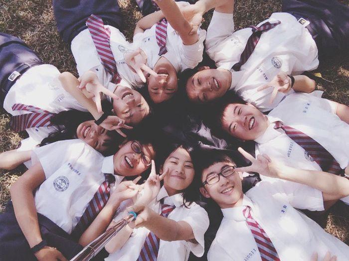 給你純粹的心和我純粹的模樣 Enjoying Life Friends Classmates At School Hot April 1 Sunshine
