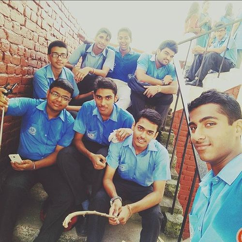 Teachers_Day Fun Funwithfriends LOL Memorable_day_it_was Lotsoffun Undescriable_masti Creatingmemoriesthatwilllastalifetime Awesome_day